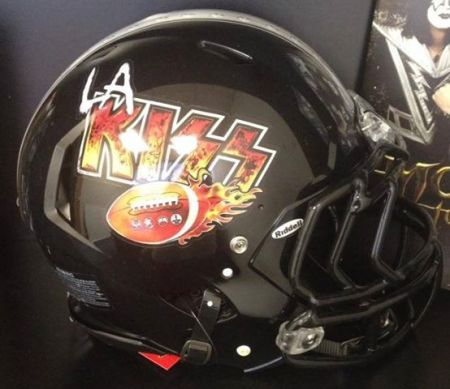 LA Kiss - Football Helmet - promo pic - 2013