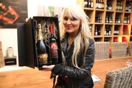 Doro Pesch - Doro Wine - Promo Pic - 2013