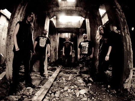 Resistance - promo band pic - 2014 - 390998