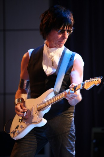 Jeff Beck - publicity photo - 2014 - December 1 - #0033