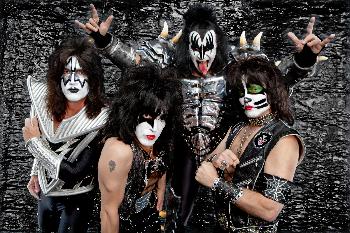 KISS - promo band pic - 2015 - #060415GSMOS
