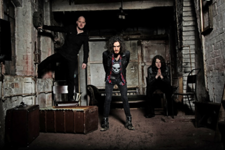 Raveneye - promo band photo - 2015 - #MOMMNSWAF